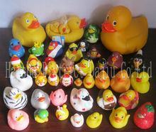wholesale promotional plastic duck ,christmas floating baby bath duck , yellow custom rubber duck