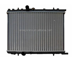 hot sale quality car radiator pa66-gf30 hondas
