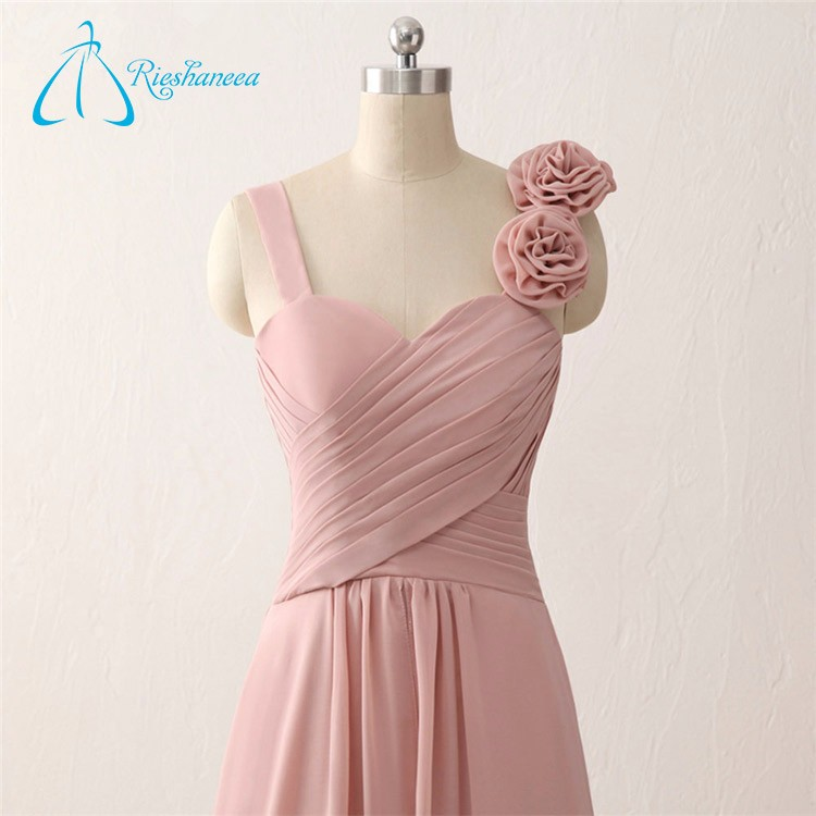 Increíble Vestidos De Dama De Coral Larga Ideas Ornamento ...