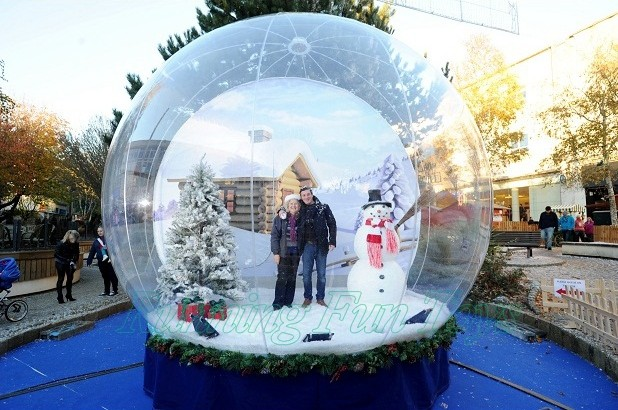 popular christmas giant snow globe human inflatable snow globe xmas decoration outdoor large christmas - Large Christmas Snow Globes