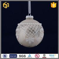 Factory price beautiful white beads flowers christmas glass ball craft