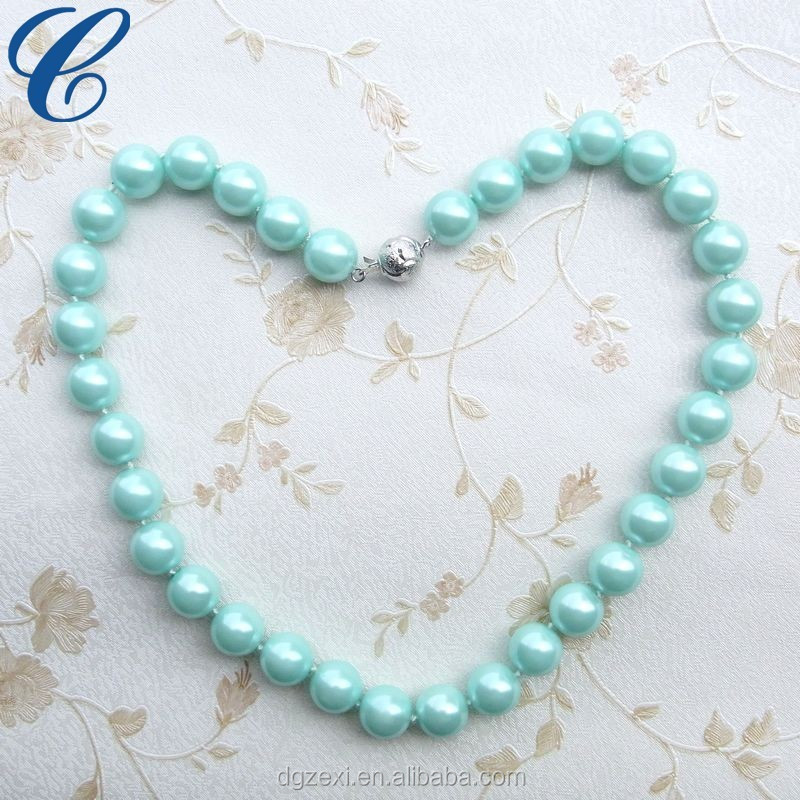bead necklace.jpg