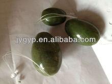 natural al por mayor de color verde oscuro piedra en forma de huevo para el ejercicio de kegel