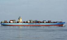 pirate ship sea battle ocean seascape oil painting ----Skype Daicychen1212