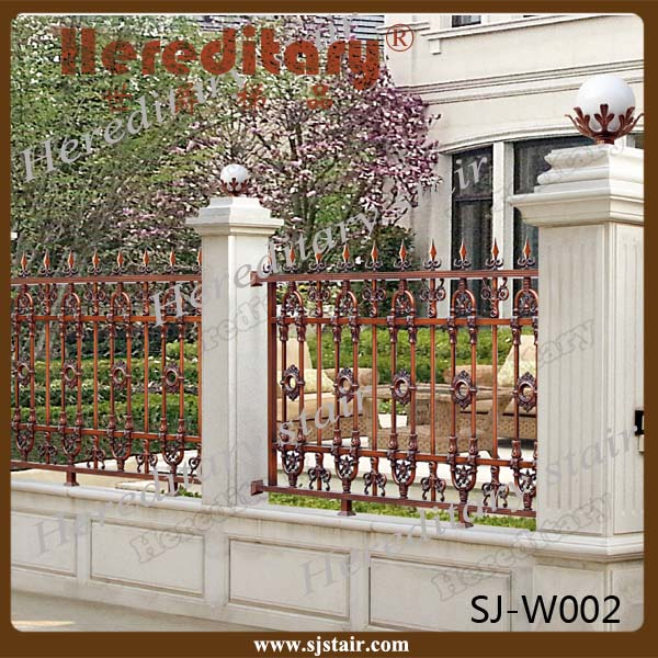 Outdoor garden aluminum fence decoration lowes aluminum for Outdoor garden fence decoration