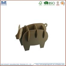 Único especial lively talladas a mano de madera animales, pequeño cerdo en forma de animales de madera
