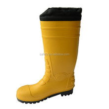 cold resistant anti-slip 100% PVC waterproof imported spanish fur lining protective boots