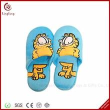 Custom made soft plush blue slipper with cat pattern stuffed cartoon mules supple cartoon animal slipper
