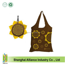 OEM New Style Sunflower Shape Enironmental Printing Polyester Shopping Tote Bag With Plastic Hook
