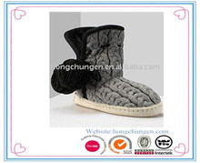 2014 Women indoor bootie Marl grey cable knit and pom-pom