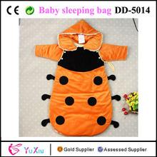 y terciopelo de viscosa de seda imitado seda de llenado de mariquita con capucha bebé niño sleepsacks