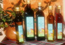 Extra virgin olive oil, extra virgin olive oil flavored with truffles, lemon and chili