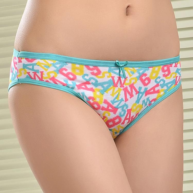 Pretty girls in panties pics