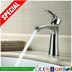 Factory direct china brass body bathroom tub filler faucet