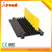 5 channels rubber cable trench cover