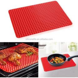 Pyramid Pan Non Stick Fat Reducing Silicone Cooking Mat Oven Baking Mat