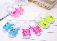 TF-03150730010 2015 new style children's cute minion despicable me prevent slippery jelly beach shoes