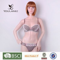 China Manufacturer Sexy Hot Lady Padded Ladies Undergarments