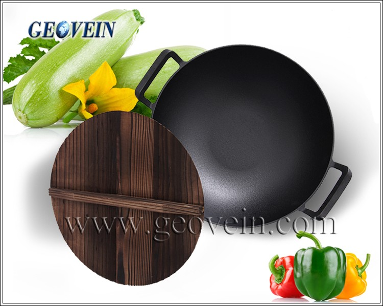 wok with wooden lid.jpg