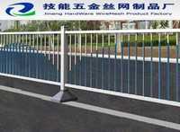 PVC coated welded fencing wire mesh be used in highway or airport and can be galvanized