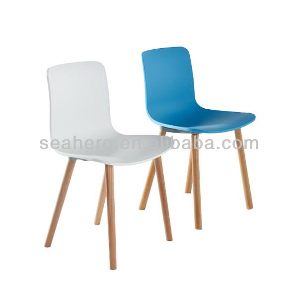 Moderne chaise salle manger meubles en bois en plastique for Chaise bois coloree