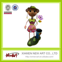 NA14B487 metal girl with red valentine flower pot red flower pots