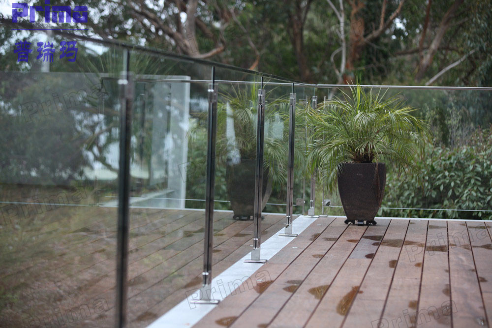 Modern stainless steel glass railing systems tempered