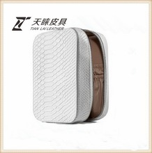 Good Quality Exported pu material cosmetic trolley case