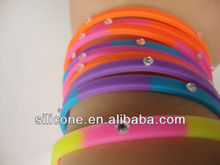 2013 factory direct sale thin silicone bracelet