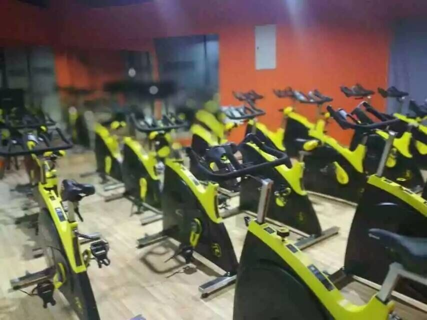 LJ-9610W Casa bicicleta de exercício de ginástica usado equipamentos de ginástica para venda