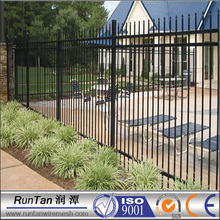 Easily Assembled PVC Coated or Powder Coated portable iron fence