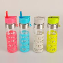 promotional safe carrying child glass water bottle with silicone sleeve