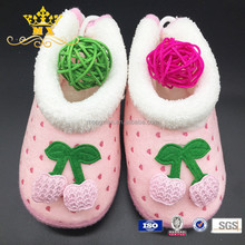 2015 China new design most fashion fabric baby shoes