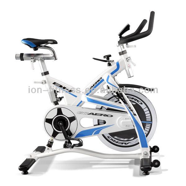 de ejercicios de fitness bicicleta de grasa