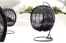 wicker furniture hanging egg-shaped swing chairs for bedrooms