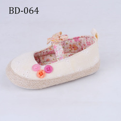 New Arrival Fashion Girls Fabric Beautiful Baby Shoes