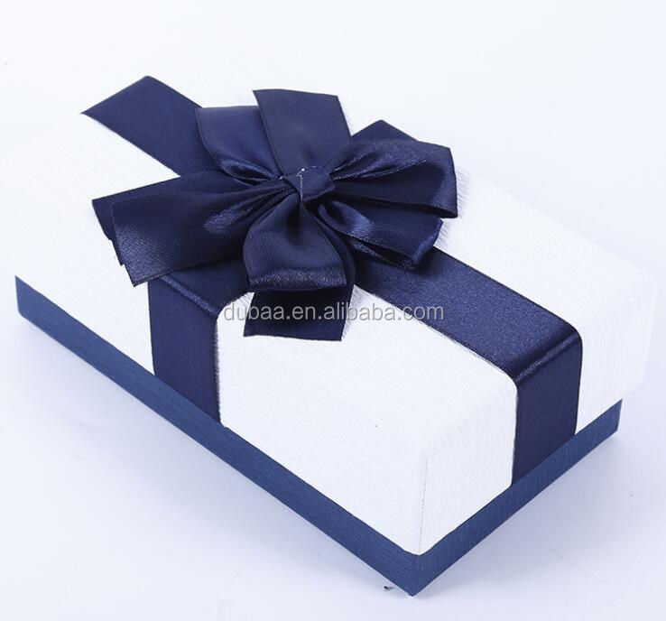 RIBBON FLOWER GIFFT BOX.jpg