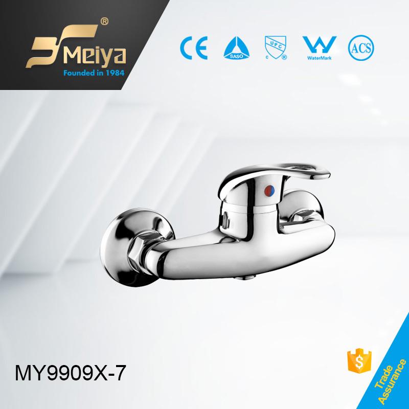 China Cheapwall Mounted Hot And Cold Water Zinc Bath Shower Wall Taps Zinc Bath Shower Mixers