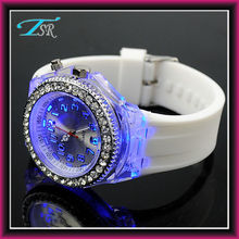 Fashion custom silicone watch with high quality for promotion