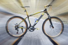 Deft design mountain bicycle 21 speed,bike wear in mountain bicycle