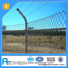 China Factory new products chain link fence/garden fence panels/iron mesh fence gate