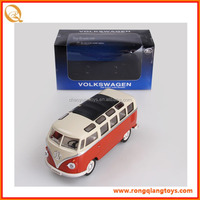 HOT SALE 1:24 scale toy mini school bus pull back bus toy for kids PB067125052A