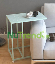 C Table with Patten Top w.wheel, End Table, Bedside Table