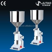 High accuracy manual liquid bottle filler