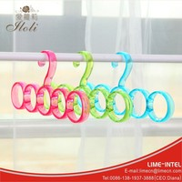 Popular Round retail pink Fashion rings scarf hanger wholesale high quality custom creative plastic drying clothes hanger