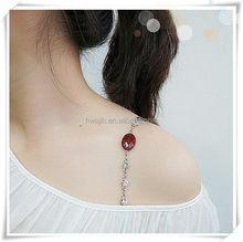 Nature Oval dark brown showing bra straps jewelry