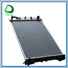 High Quality Brand New Auto Car Radiator For 2340 32mm AT Freightliner Truck Parts
