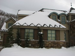Watery Resistant Protect Against Impact Damage Roof And Gutter Snow Melting