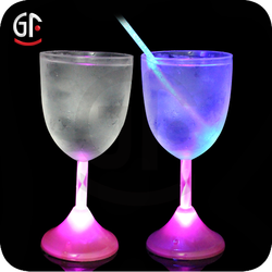 Alibaba French Decorative Wedding Columns Club Wine Glass