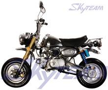 SKYTEAM 50cc 4 tiempos EPA mono Le Mans Pro Moto (HOMOLOGACIÓN CEE)
